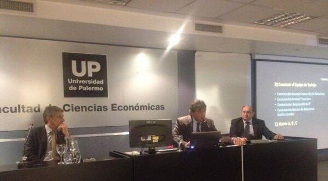 """imagen de La exposición de """"El Caso Peñarol"""" fue un gran éxito en la UP"""