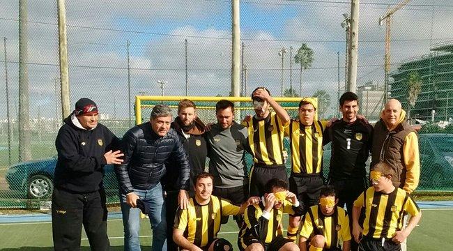 imagen de Futbol para ciegos | Peñarol se mide ante Boca en Colonia