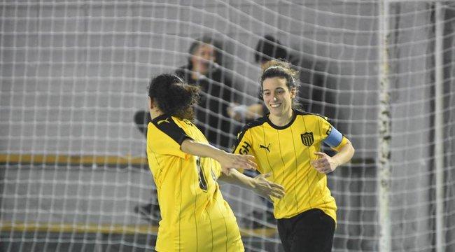imagen de Peñarol, a puro triunfo en Fútbol Sala Femenino