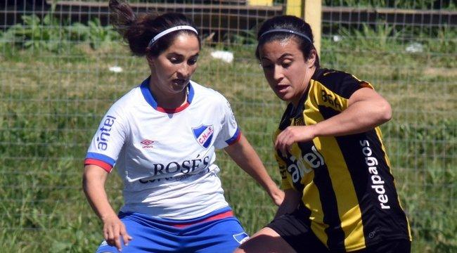 imagen de ¡Se vienen los Clásicos de Fútbol Femenino!