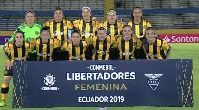 imagen de Peñarol empató 2-2 ante Colo Colo por la Libertadores