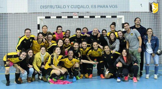 imagen de Peñarol Campeón del Torneo Clasificatorio de Fútbol Sala Femenino