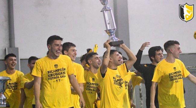 imagen de ¡Peñarol Bicampeón Uruguayo de Fútbol Sala!