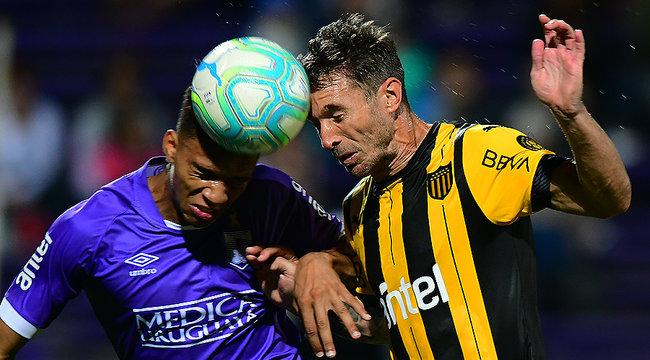imagen de Defensor Sporting 2-1 Peñarol