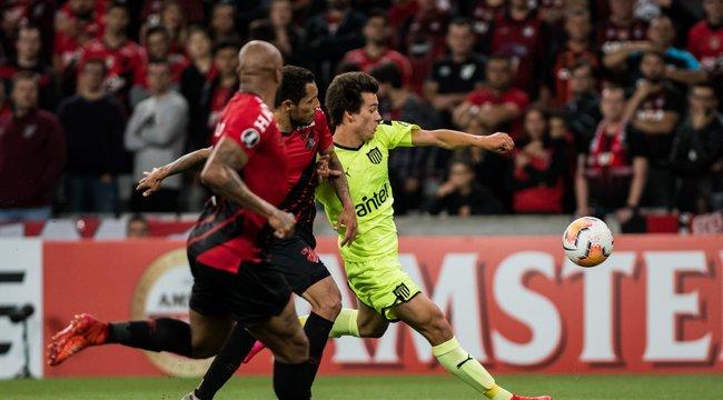 imagen de Athletico Paranaense 1-0 Peñarol