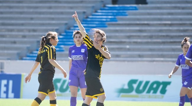 imagen de Fútbol Femenino | Peñarol 3-0 Defensor Sporting