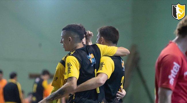 imagen de Peñarol, a puro triunfo en fútbol sala