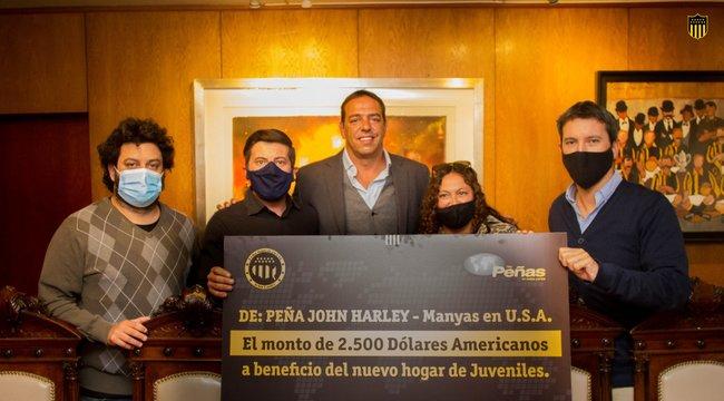 """imagen de La Peña """"John Harley"""" - Manyas en USA donó dinero para las formativas."""