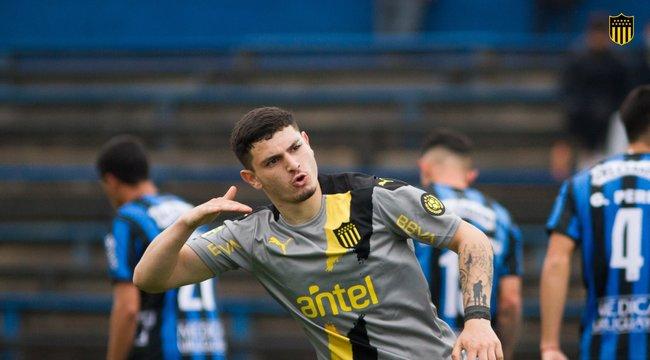 imagen de Peñarol igualó 3-3 ante Liverpool tras ir cayendo por 3 a 0.